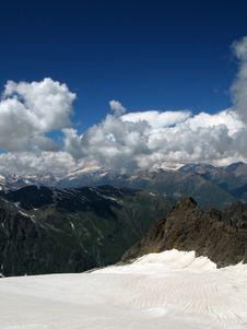 Free Bezenghi Mountains At Caucasus Royalty Free Stock Photo - 19251285