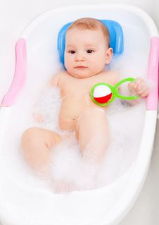 Free Baby Taking A Bath Royalty Free Stock Images - 19251939