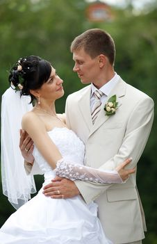 Free Bride And Groom Stock Image - 19252681