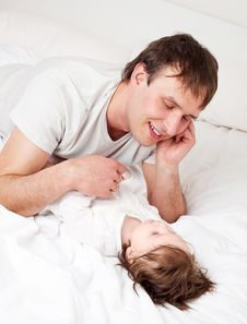 Free Father And Daughter Royalty Free Stock Photos - 19254018
