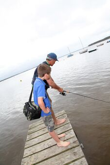 Free Family Fishing Stock Photography - 19262292