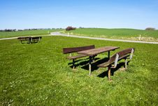 Free Outdoors Picnic Table - Perfect Relaxing In Nature Stock Photography - 19270882