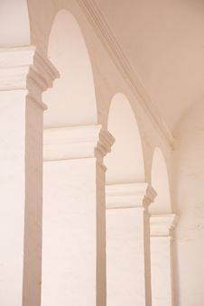 Free White Archs Stock Photography - 19272032