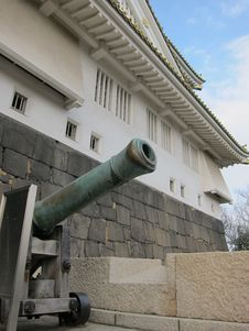Free Cannon Of The Ancient Osaka Castle Royalty Free Stock Photo - 19275685