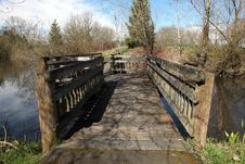 Free Wooden Bridge In A Park. Royalty Free Stock Image - 19280856