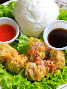 Chinese Steamed Dumplings And Bun Royalty Free Stock Images