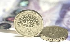 Free UK Coins And £20 Note Stock Images - 19282244