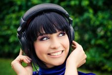 Free Woman With Headphones Royalty Free Stock Image - 19286936