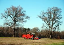 Free Red Combine Tractor Royalty Free Stock Images - 19286999