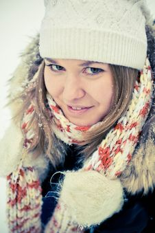 Free Woman In Wintry Coat Stock Photography - 19287802