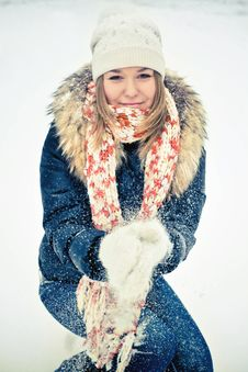 Free Woman In Wintry Coat Stock Photos - 19287923