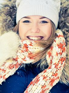 Free Woman In Wintry Coat Stock Photography - 19287962