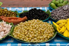 Free Grapes Is Pickling Royalty Free Stock Images - 19288249