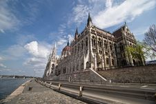 Free Hungarian Parliament Building Royalty Free Stock Photos - 19288468