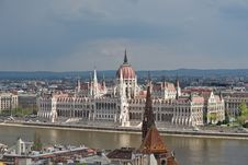 Free Hungarian Parliament Building Royalty Free Stock Image - 19288686