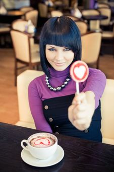 Free Young Woman In Cafe Royalty Free Stock Images - 19289119