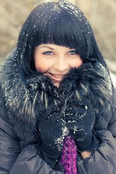 Free Woman In Wintry Coat Royalty Free Stock Photos - 19289188