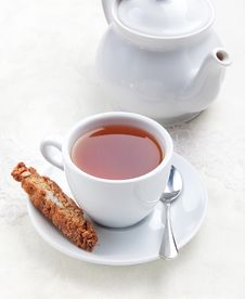 Free Cup Of Tea With Cookie Stock Photo - 19296590