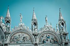 Free Basilica Di San Marco (cool Tone) Royalty Free Stock Image - 19296806