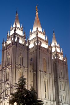 Free Temple Square With Blue Sky Royalty Free Stock Photos - 1930988