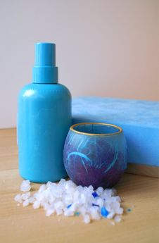 Free Blue Spa Products Stock Photography - 1936722