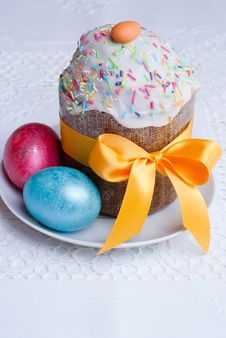 Free Easter Cake And Two Eggs. Stock Images - 19301364