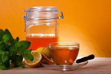 Free Cup Of Herbal Tea And Honey Royalty Free Stock Photography - 19303727
