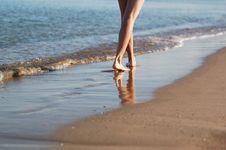Walking Woman S Legs Royalty Free Stock Photos
