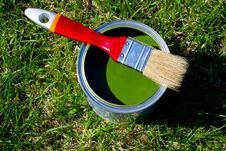 Free Paint And Brush Royalty Free Stock Photos - 19308158