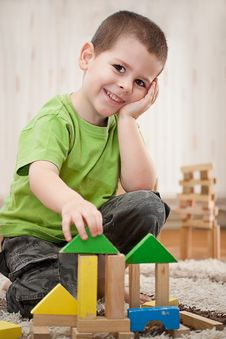 Free Boy Playing With Blocks Stock Photo - 19309220