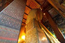 Free The Back Of Sleeping Buddha At Wat Pho Royalty Free Stock Images - 19317779