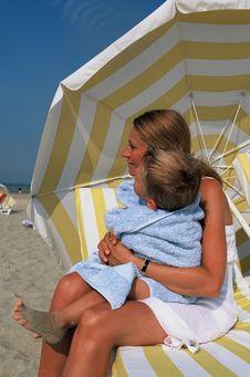 Free Couple Beach Stock Photo - 19319600