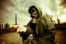 Free Man In Gas Mask Royalty Free Stock Images - 19320999