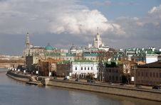 Free Moscow. Sofiyskaya Embankment Royalty Free Stock Images - 19324619