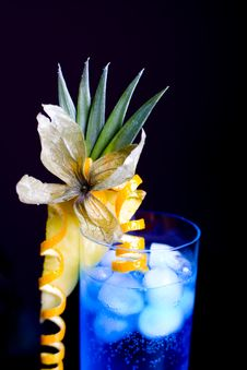 Free Blue Lagoon Cocktail Stock Photos - 19325063