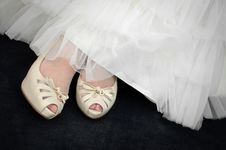 Free Wedding Shoes Royalty Free Stock Images - 19333819