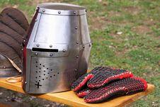 Free Iron Helmet Stock Image - 19341351