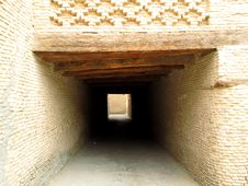 Free Tunnel In The Medina Royalty Free Stock Photos - 19342388