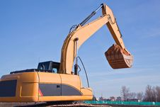 Free Excavator At Work Royalty Free Stock Images - 19342759