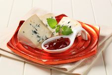 Free Blue Cheese Royalty Free Stock Photography - 19343457