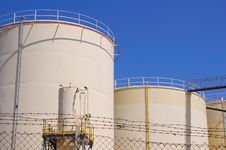 Free Oil Reservoirs Stock Image - 19343971