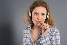 Free Female Customer Service Representative In Headset Stock Photo - 19345630