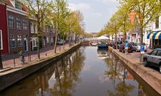 Free Houses And Canal . Stock Photo - 19347790