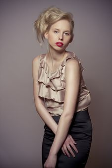 Fashion Blond Attractive Girl Stock Photography