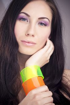 Free Beautiful Girl With Colorful Bangle Royalty Free Stock Photography - 19348557