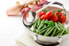 Free French Beans Inside A Pan Stock Photos - 19350613