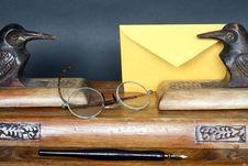 Free Vintage Desk Set Stock Images - 19359424