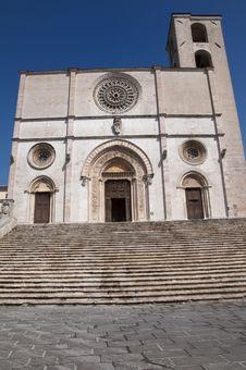 Free Duomo Of Todi Royalty Free Stock Photography - 19359807