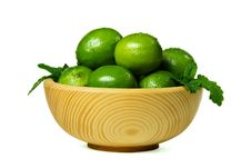 Free Fresh Limes In Wooden Bowl Stock Photography - 19364852