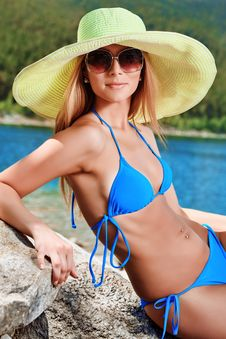 Free Bikini Royalty Free Stock Photo - 19368015